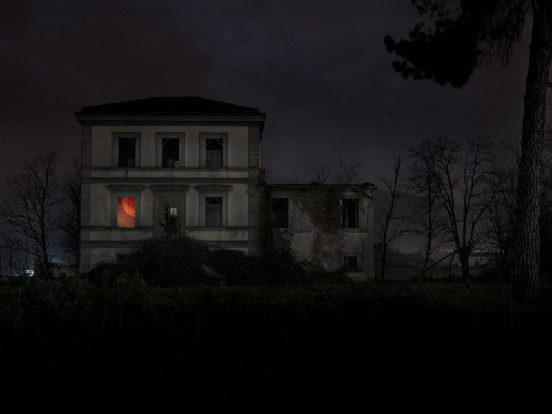 Image via: Wired Ghost Hunting in Italy's Rundown Hospitals and Country Villas